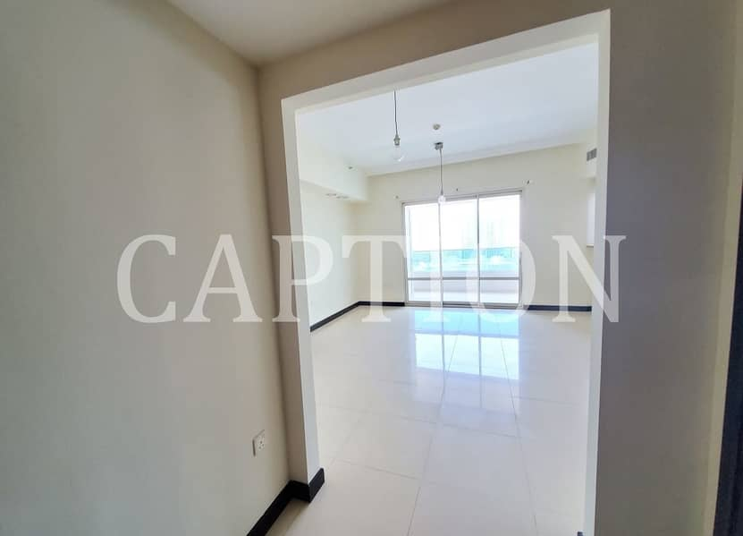 2 VACANT    READY TO MOVE IN   BRIGHT AND SPACIOUS    1 BEDROOM