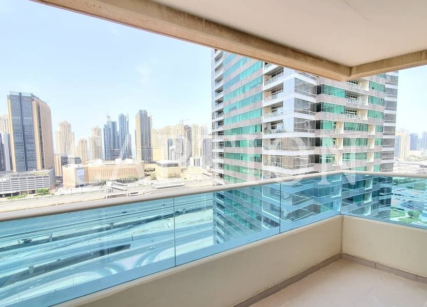 14 VACANT    READY TO MOVE IN   BRIGHT AND SPACIOUS    1 BEDROOM