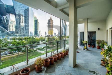 فیلا 3 غرف نوم للبيع في الخليج التجاري، دبي -  3 Bedroom Triplex Podium  Villa   Burj VIew