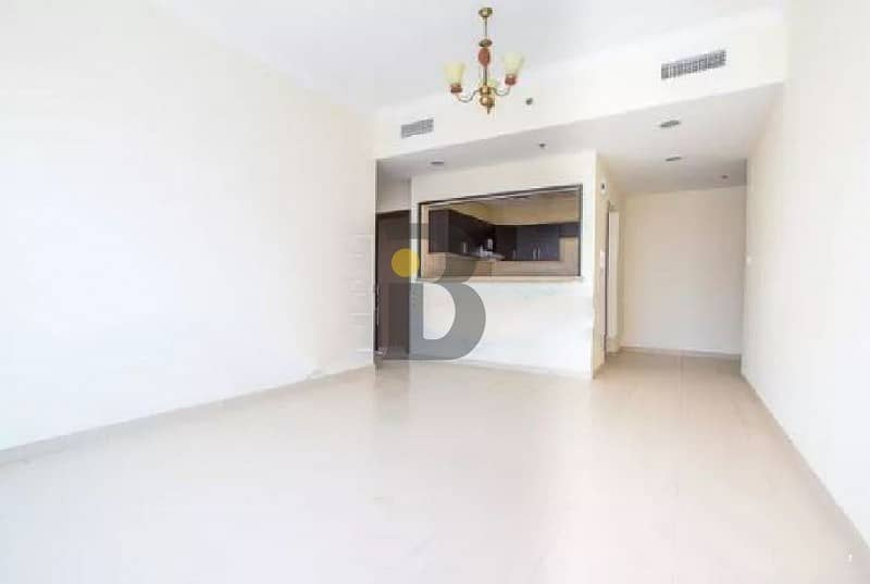 2 |Spacious 1 Bed | Lake View | Well Maintained