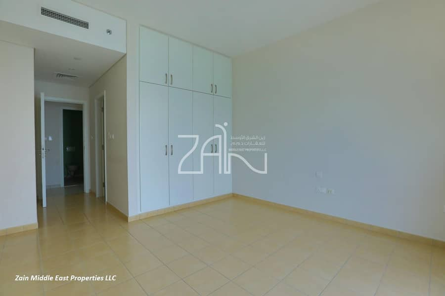 10 Hot Deal Sea View 2+M Apt Great Layout with Balcony