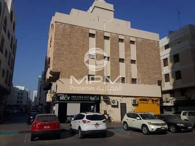 Studio for Rent in Hamdan Street, Abu Dhabi - Spacious Studio near Al Ain Tower on Hamdan Street