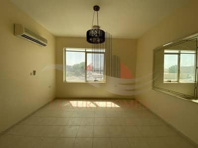 شقة 2 غرفة نوم للايجار في الجيمي، العین - Spectacular street view Apt with covered parking