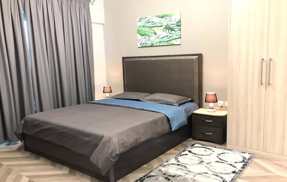 15 Brand New Upgraded Fully Furnished 1BR With Lake View