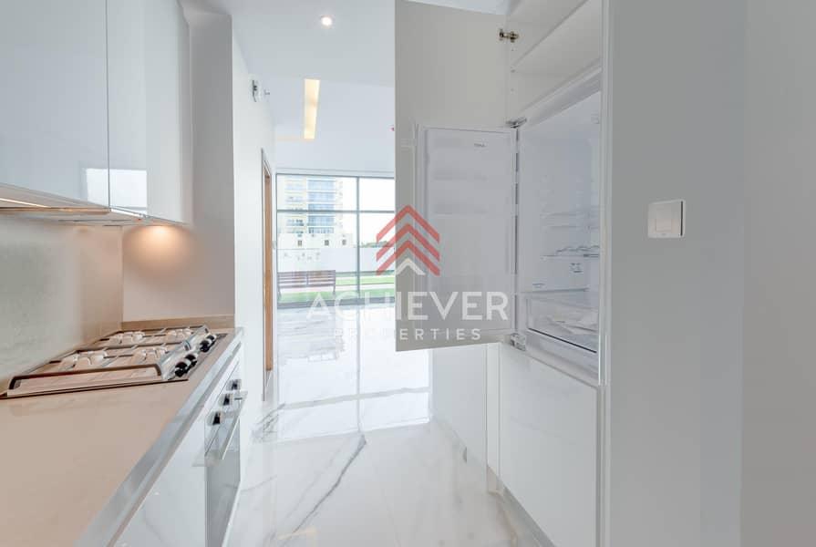2 Move-in-Ready | Studio w/Built in Appliances