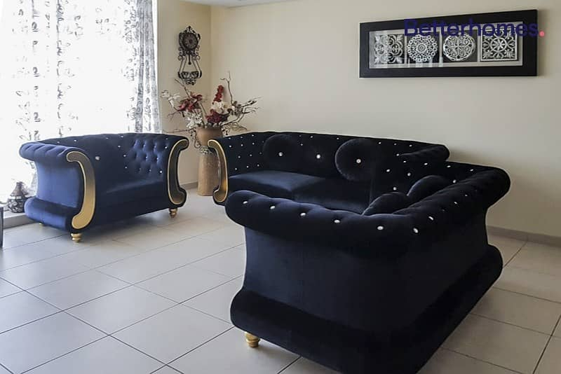 2 Semi Furnished | With Maids |High Floor | Unfurnished