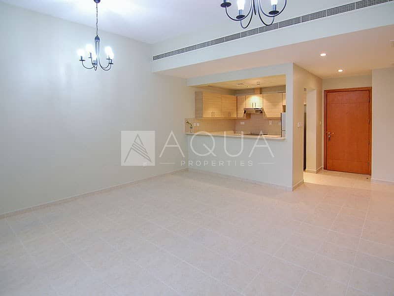 2 Private Courtyard | Upgraded | Chiller Free