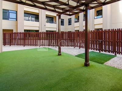 Private Courtyard | Upgraded | Chiller Free