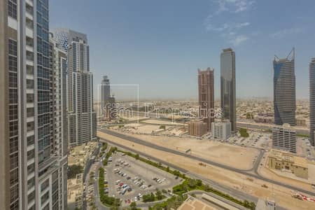 3 Bedroom Flat for Sale in Business Bay, Dubai - 2.85M for 3 BR in Executive Tower F