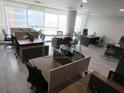 مکتب  للبيع في الخليج التجاري، دبي - Office space in Lake Central with Burj Khalifa view excellent value