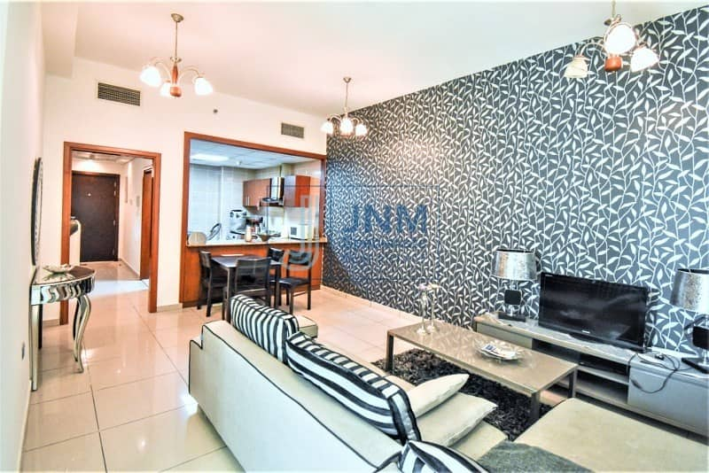 Fantastic Furnished 1 Bed with Balcony   Mid Floor