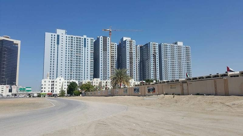 PAY NOW 20000 DOWN PAYMENT AND TAKE KEYS SAME DAY AND REMAINING BALANCE IN 8 YEARS INSTALLMENTS FOR STYLISH BRAND NEW CITY VIEW ONE BEDROOM HALL WITH FREE CHILLER AC FOR SALE IN CITY TOWERS