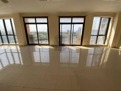3 Bedroom Apartment for Rent in Al Garhoud, Dubai - Must See Offer | 3 BHK  | Huge with Awesome View Balcony | 2 Month Free