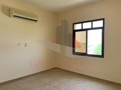 4 Bedroom Villa for Rent in Zakher, Al Ain - Astonishing Villa with Yard at Prime Location