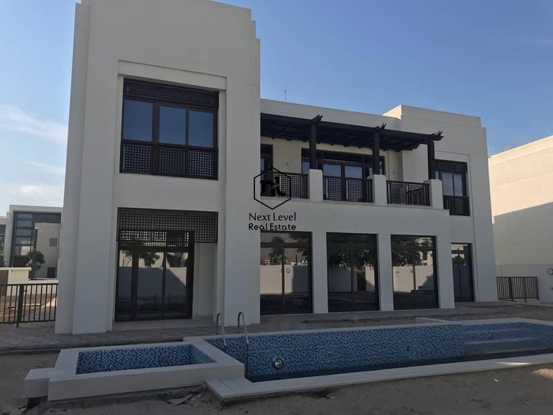 1 The luxurious and elegant 6 BR Villa in MBR-District 1-with lift