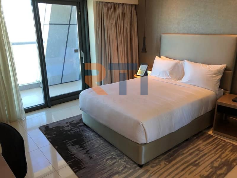 11 Corner Unit | Fully Furnished | Pool Views | 2 Bed