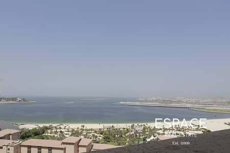 1 Bedroom Apartment for Rent in Jumeirah Beach Residence (JBR), Dubai - Bright | Mid floor | Great Conditions and Facilities