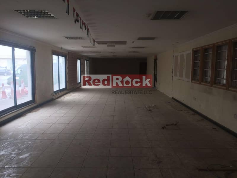 2 Excellent Location 4700 Sqft Showroom in Ras Al Khor with 20% Discount On Agency Fees