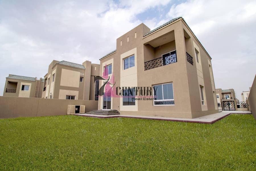 15 Very less price! Type B 6BR+M Villa | Big Plot