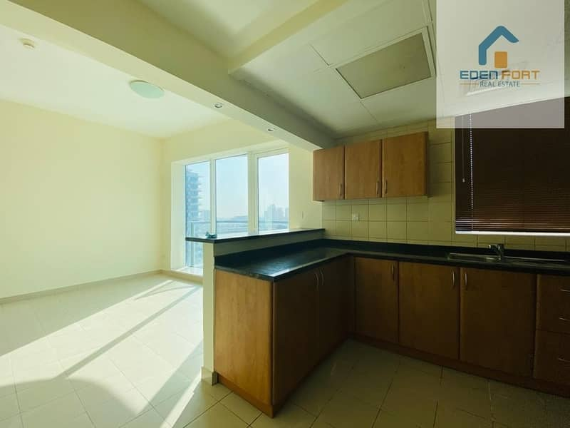 2 L - Shape Kitchen | Amazing Studio | Spacious