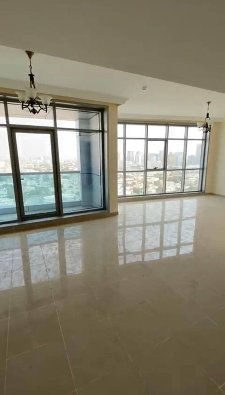 Luxurious 2 Bedroom Apartment in Ajman Corniches Residence