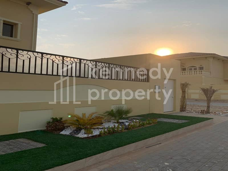 18 Huge & Beautiful House I Good Location I Hot Price