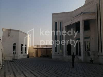 فیلا 10 غرف نوم للبيع في مدينة محمد بن زايد، أبوظبي - Very Huge Villa with Wide Parking Area I 1 Majlis