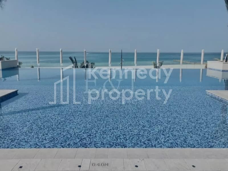 Gorgeous sea view loft in the lovely saadyiat island