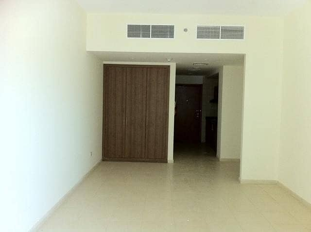 AVAILABLEBEAUTIFUL BIG SIZE STUDIO | WITH PARKING IN AJMAN ONE TOWER