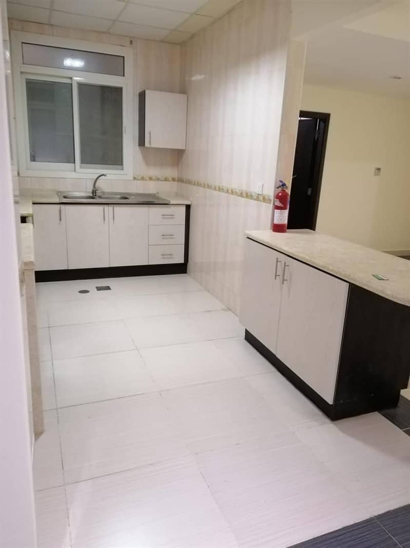 2 Distress Deal!!! Spacious 2 Bedroom In Zenith Tower A1
