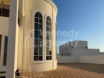 فیلا 6 غرف نوم للبيع في الشامخة، أبوظبي - Amazing Villa with very Huge Parking Area I Private
