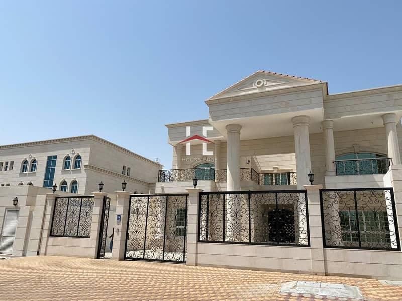 Majestic 9 BHK Villa| 2 Majlis