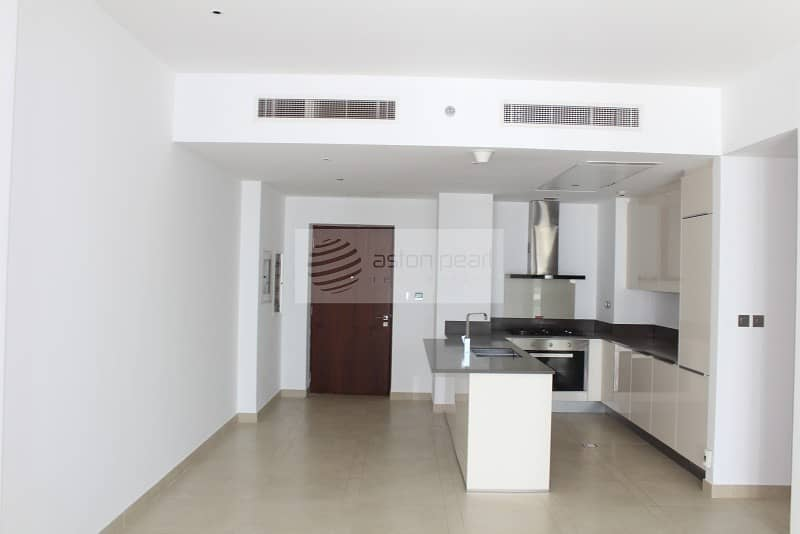 2 Exclusive Two Bedroom| Keys On Hand| Chiller Free|