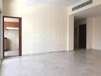 Unfurnished | Low Floor | Great Facilities