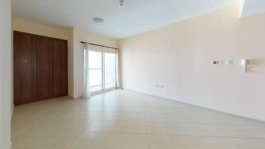 Studio for Rent in Dubai Silicon Oasis, Dubai - Basketball & tennis courts   Balcony   Move-in ready