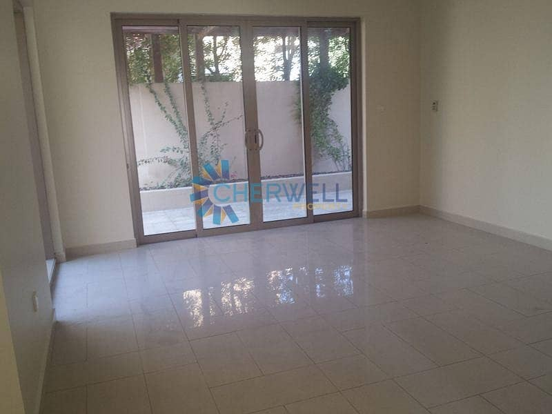 Hot Deal | Elegant And Luxurious Townhouse | Vacant Soon