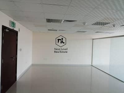 مکتب  للايجار في أبراج بحيرات الجميرا، دبي - Office for rent in JLT having Golf  Course View
