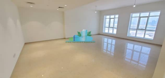 3 Bedroom Apartment for Rent in Tourist Club Area (TCA), Abu Dhabi - HUGE 3 MASTER BEDROOMS with FACILITIES | HURRY RENT IT NOW!