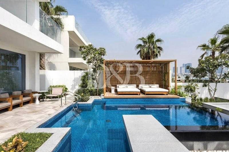 Beach Front Villa | Amazing Skyline Views