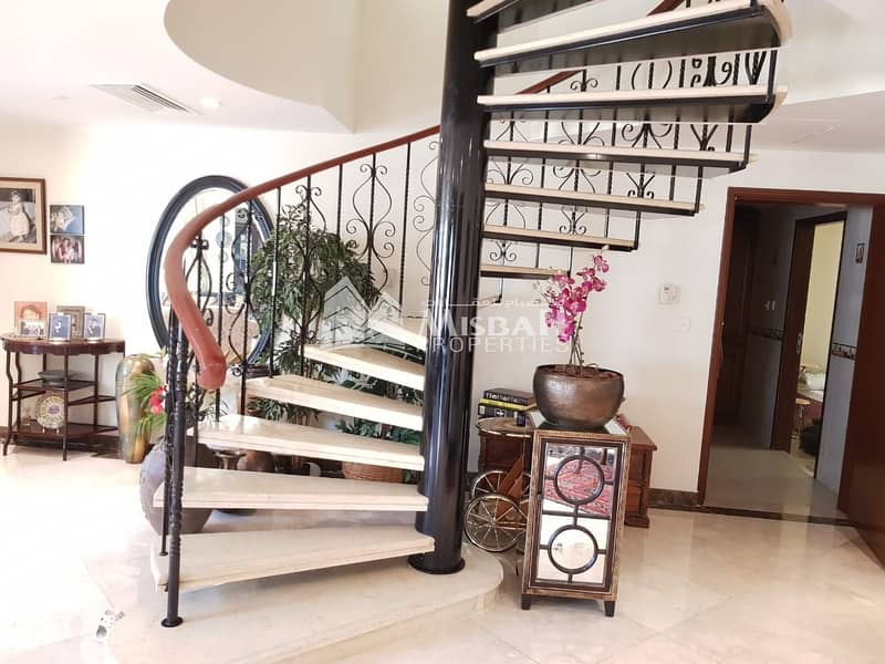 2 Modern Style Spacious Fully Furnished 4 bedroom