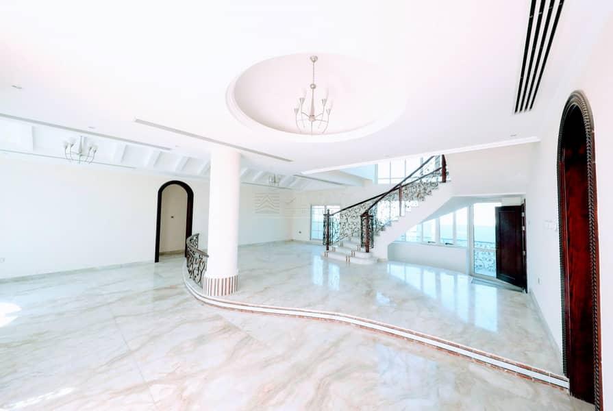 luxury Big 8BHK Villa l 5 Parking Slots |  Um  Al Sheif