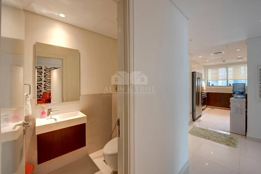 2 Elegant Fully Furnished 2 Bed | BLVD Crescent - Downtown