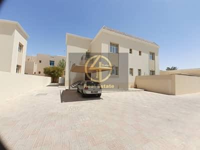 فیلا 4 غرف نوم للايجار في مدينة خليفة أ، أبوظبي - Fabulous & Modern Private Entrance 4 BR Villa