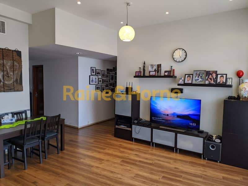 Upgraded 3 Bed Corner Unit with Terrace Balcony