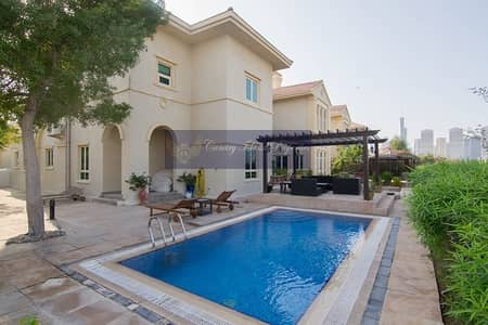 5 Bedroom Villa for Sale in Jumeirah Islands, Dubai - Main Lake View | 5 Bed | Master View | VOT