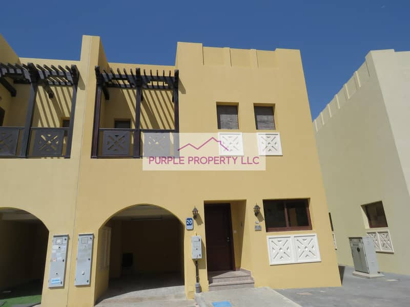 2 Hot Deal! Zone 4 ! Beautiful Villa! Spacious one! Call now
