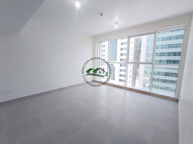 1 Gorgeous 2BR Apartment + FREE PARKING