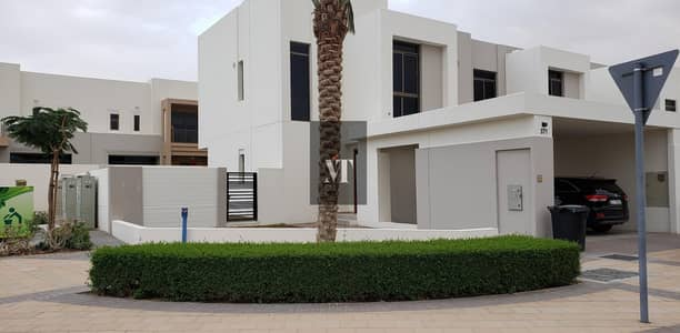 4 Bedroom Townhouse for Rent in Town Square, Dubai - Genuine Listing |Immaculate Type 8|4 Bed +Maids