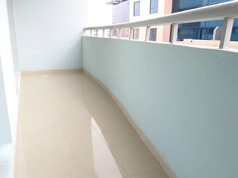 شقة في النهدة 1 النهدة 1 غرف 30000 درهم - 4754320