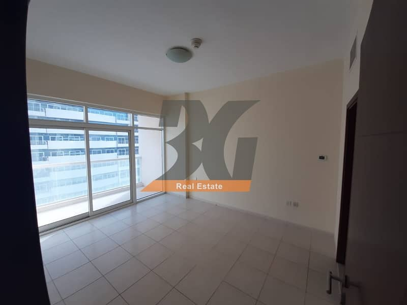 2 Royal Res 2 - Nice 1 Bedroom - Dubai Sports City